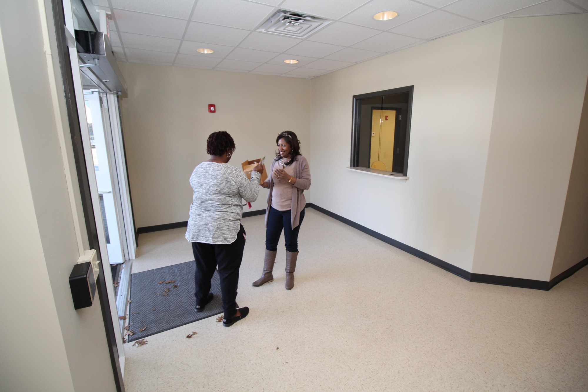selma vrs crs office moves to new space rehab news alabama selma crs office coordinator melvina moss directs movers unloading furniture and supplies